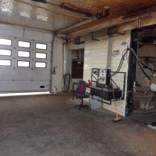 Vnitřní prostory výroby a kanalizační šachty