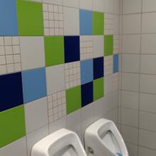 Nosič na 1. toaletách